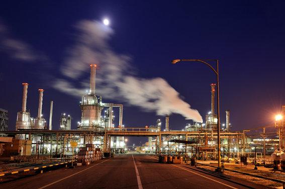 صنعت نفت و پتروشیمی